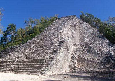 Climb a Mayan Castle